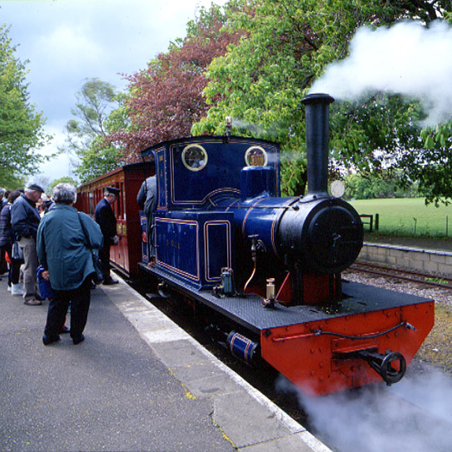 EBE-3-03: Steam Train, Leighton Buzzard