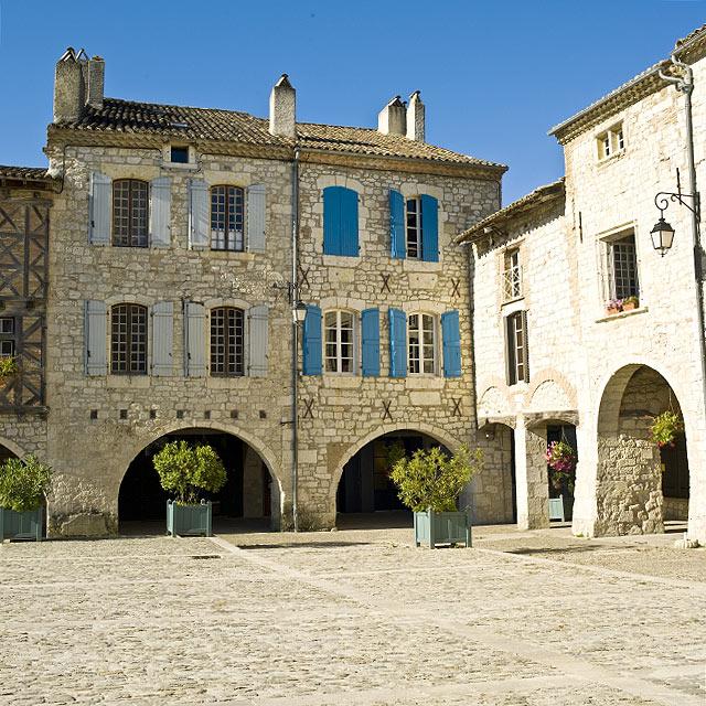 FTG-13-12: Square, Lauzerte, Tarn-et-Garonne, France