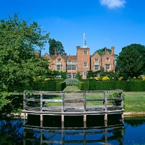 ES-151-04: Arts & Crafts Gardens, Great Fosters, Egham