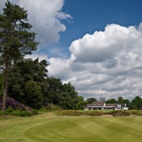 ES-279-02: West Hill 18th Green & Clubhouse