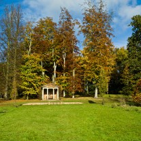 ES-255-07: Temple, Windlesham Arboretum, Windlesham