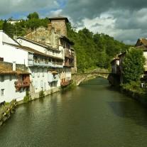 FPY-08-01: River Nive, Notre-Dame Bridge, Via Turonensis, St-Jean-Pied-de-Port, Pyrenees
