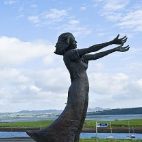 IRS-19-05: Statue, Rosses Point, Sligo Bay